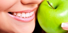 Removal of dental plaque